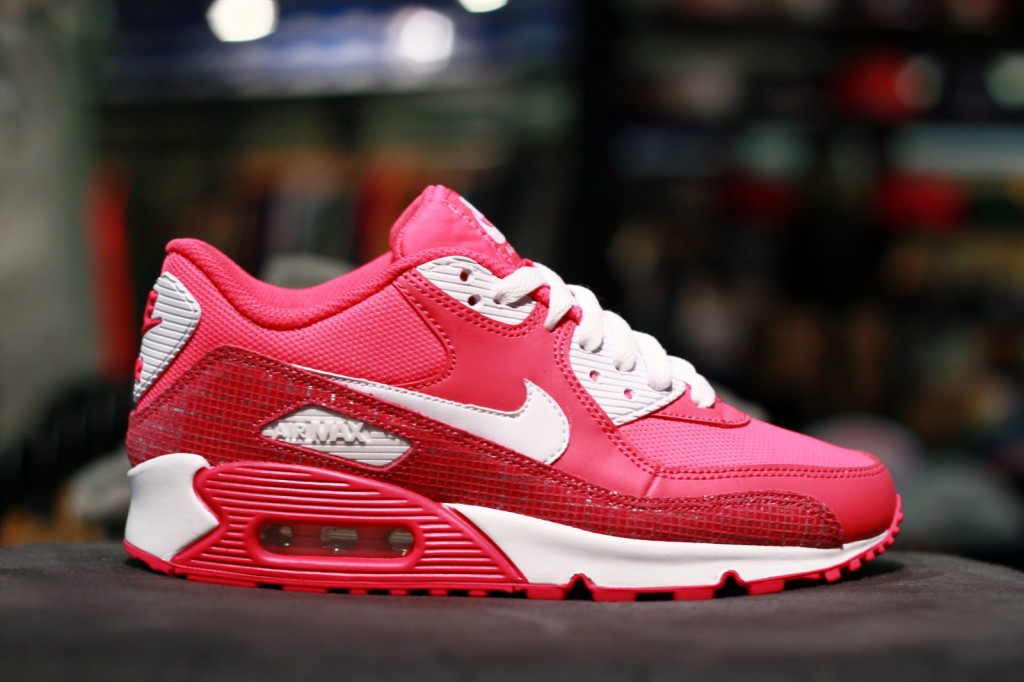 f66e69fb9c Nike Air Max 90 – White/Asian Concord/Laser Pink – 325213 105. IMG_6897