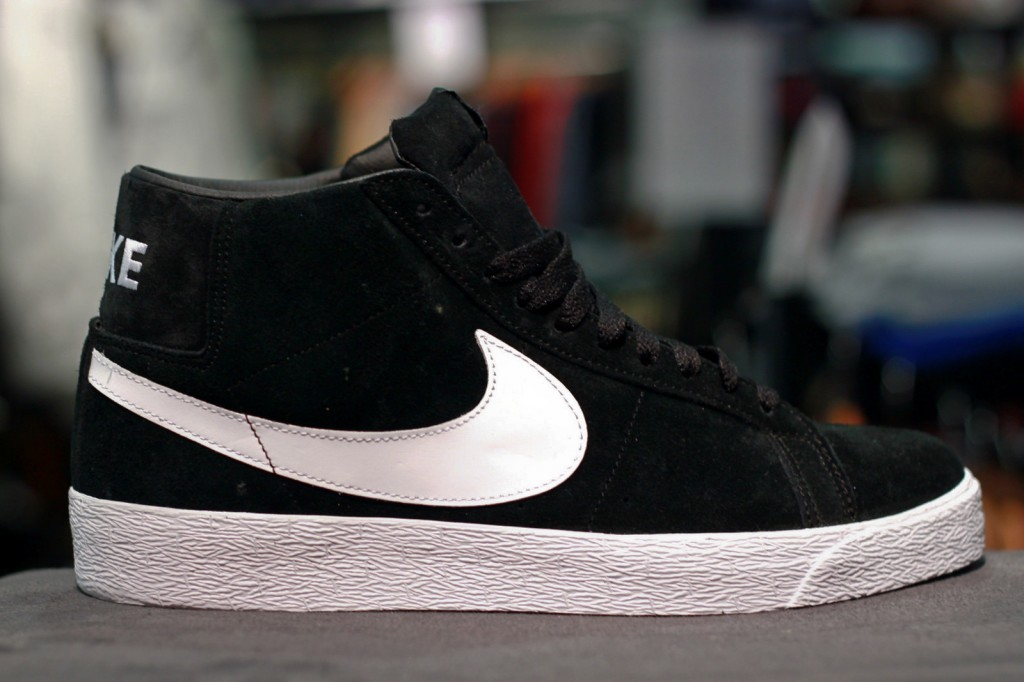 nike sb blazer black white high